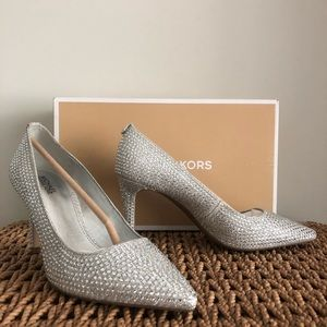 Michael Kors Silver Dorothy Pump Heels Size 7
